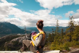 https://www.elevatehwc.com/wp-content/uploads/2019/04/mom-on-a-hike-with-baby-320x213.jpg